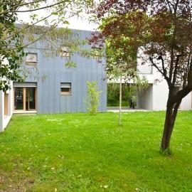 Maison d'architecte récente de 190 m2 sur parcelle de 1600 m2, Ambarès