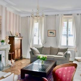 Maison familiale bourgeoise avec garage et jardin, Bordeaux Croix Blanche