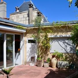 Maison avec cour et garage, 4 chambres, à rafraîchir, Nansouty - Barrière de Bègles