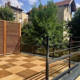 Plateau en duplex de 72 m2 Carrez (105 m2 au sol) avec terrasse et jardin, Bordeaux Bourse du Travail