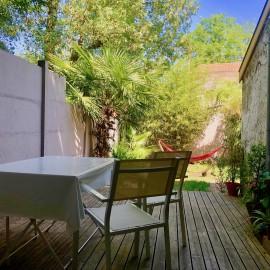 Échoppe en pierre surélevée 130 m2, 4 chambres, jardin, Le Bouscat Parc Bordelais limite Caudéran, proche écoles