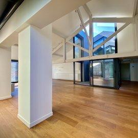 Maison-Loft de 450 m2, terrasses de 160 m2, grand garage, piscine, 5 chambres, 5 points d'eau, cave, bureaux, atelier, Bordeaux Caudéran Primrose - Grand-Lebrun