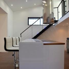 Bordeaux Rive Droite Zone Franche, Loft avec patio, 185 m2, proche Tram